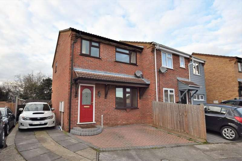 3 Bedrooms Semi Detached House for sale in Lionel Hurst Close, Great Cornard CO10 0YX