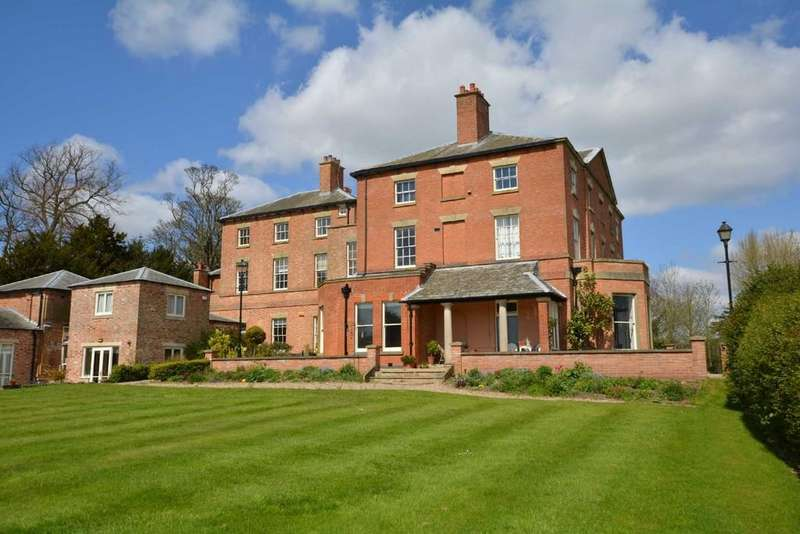 2 Bedrooms Penthouse Flat for rent in Hill House, Southwell