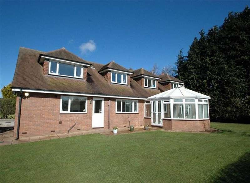 4 Bedrooms Detached House for sale in Overwood Lane, Mollington, Chester