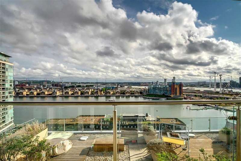 3 Bedrooms Apartment Flat for sale in Western Gateway, Canary Wharf, London