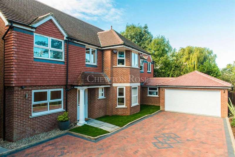 7 Bedrooms Detached House for sale in Ickenham, Middlesex
