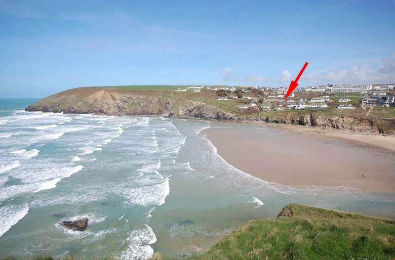 3 Bedrooms Detached Bungalow for sale in Mawgan Porth, Cornwall, TR8
