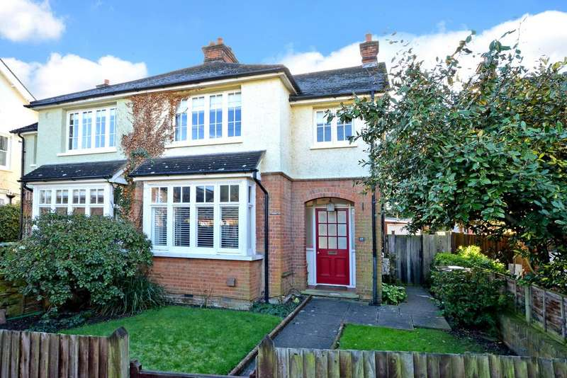 3 Bedrooms Semi Detached House for sale in Church Walk, Thames Ditton, KT7