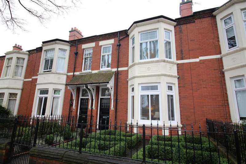 4 Bedrooms Terraced House for sale in Preston Avenue, North Shields