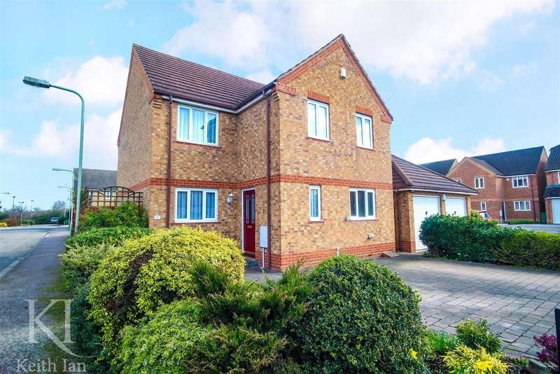 4 Bedrooms Detached House for sale in Estfeld Close, Hoddesdon