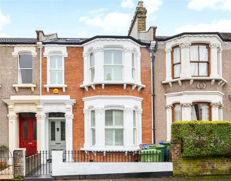 4 Bedrooms Terraced House for sale in Harlescott Road, Nunhead, London, SE15