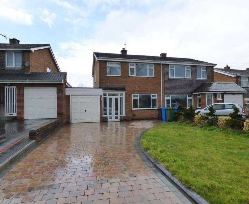 3 Bedrooms Semi Detached House for sale in 16 Manor Drive, Shareshill, WV10 7LG