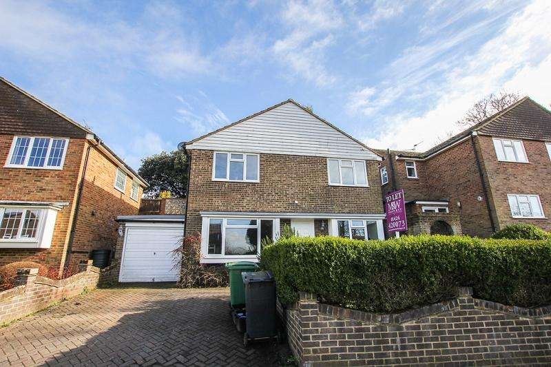 3 Bedrooms Detached House for rent in Reedswood Road, St. Leonards-on-sea, East Sussex. TN38 8DN