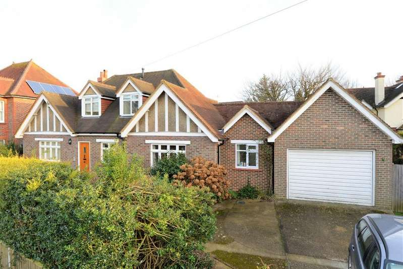 6 Bedrooms Detached Bungalow for sale in Barton Road, Bramley, Guildford GU5 0EB
