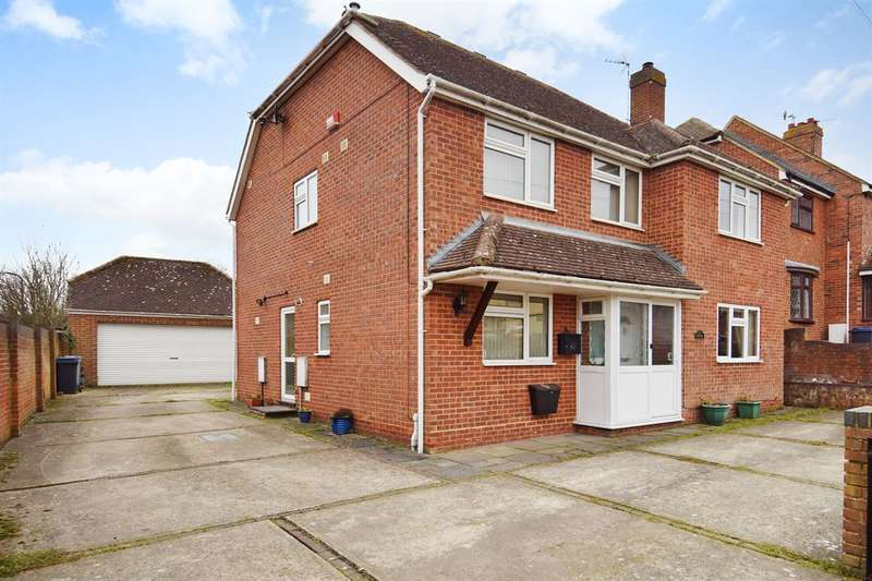 4 Bedrooms Detached House for sale in Court Hill, Canterbury