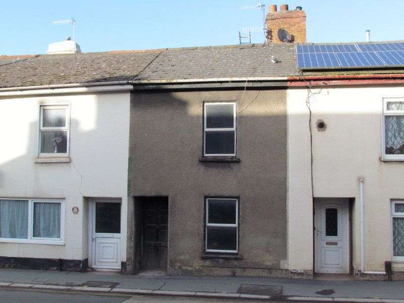 2 Bedrooms Property for sale in East Street, Newton Abbot