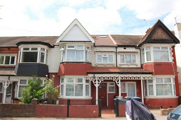 4 Bedrooms Terraced House for sale in Lonsdale Avenue, WEMBLEY