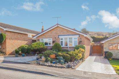 2 Bedrooms Bungalow for sale in Hutton, Weston-super-Mare, Somerset