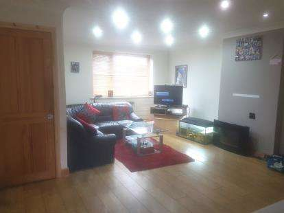 3 Bedrooms Semi Detached House for sale in Ffordd Ty Newydd, Prestatyn, Denbighshire, LL19