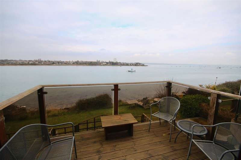 3 Bedrooms Town House for sale in Eastney, Southsea