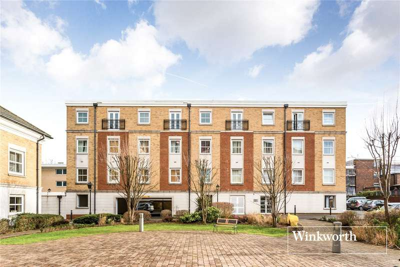 2 Bedrooms Flat for sale in Compton Court, 1 Crowder Close, North Finchley, London, N12
