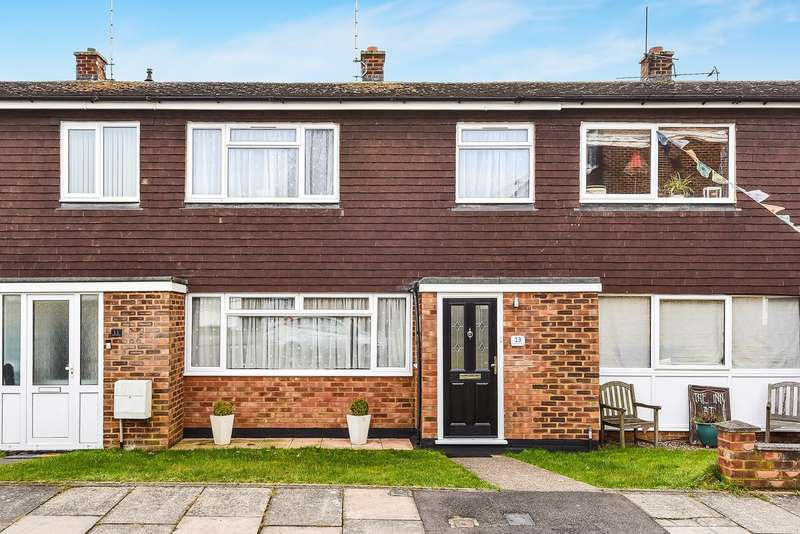 3 Bedrooms Terraced House for sale in Francis Close, Hitchin, SG4