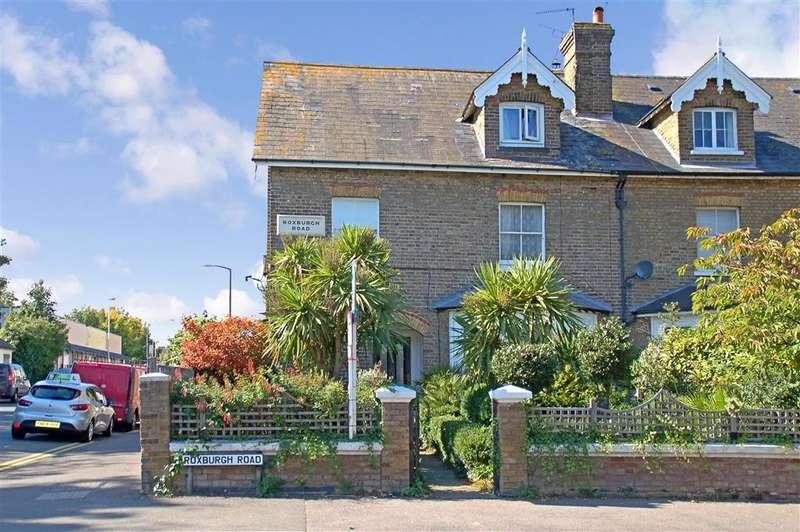 7 Bedrooms Semi Detached House for sale in Roxburgh Road, , Westgate-On-Sea, Kent
