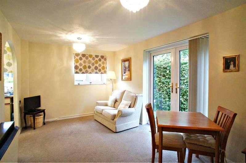 1 Bedroom Retirement Property for sale in Cobbinsbank, Farm Hill Road, Waltham Abbey