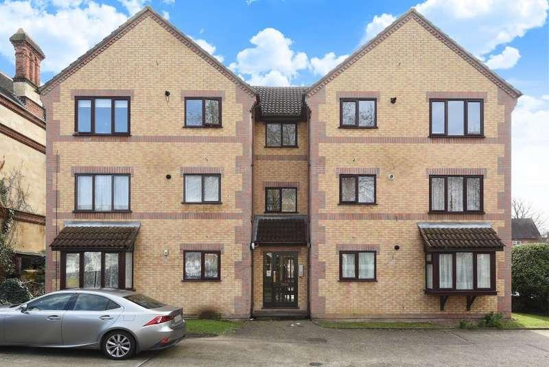 2 Bedrooms Flat for sale in John Balliol Court, Denmark Road, Reading, RG1