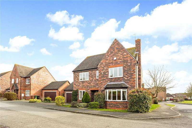 5 Bedrooms Detached House for sale in Crowle, Worcestershire