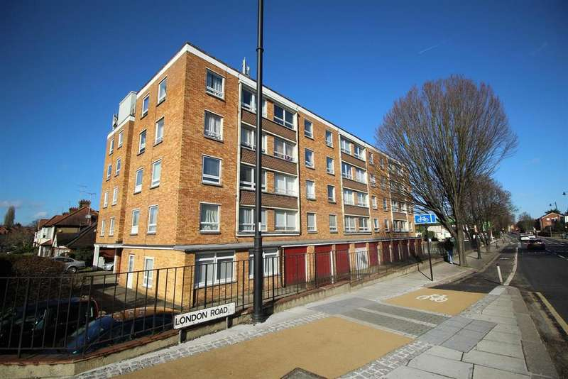 1 Bedroom Flat for sale in Uvedale Road, Enfield