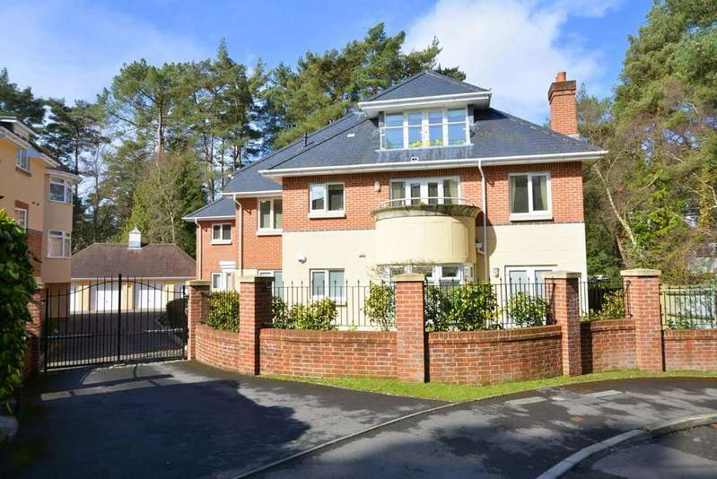 2 Bedrooms Apartment Flat for sale in Aldridge Road, Ferndown