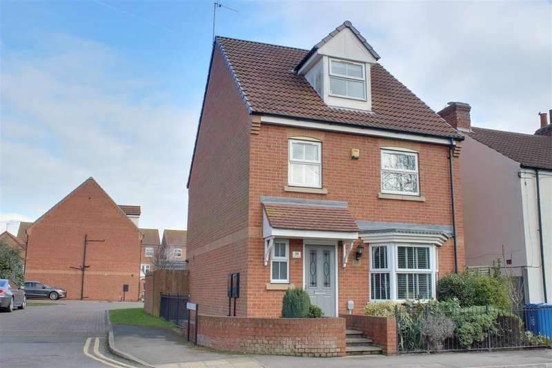4 Bedrooms Detached House for sale in First Lane, Hessle
