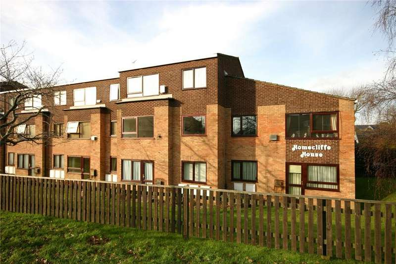 1 Bedroom Retirement Property for sale in Homecliffe House, 466-470 Lymington Road, Christchurch, Dorset, BH23