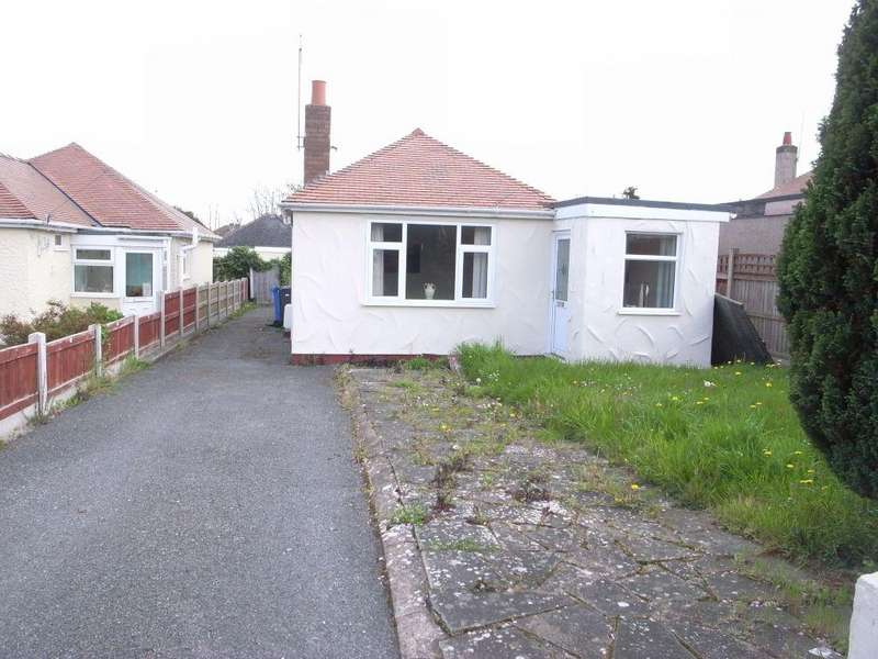 4 Bedrooms Detached Bungalow for rent in 1 St Marys Drive, Rhyl