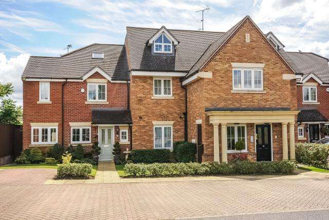 1 Bedroom Apartment Flat for rent in Holmer Green, High Wycombe, HP15