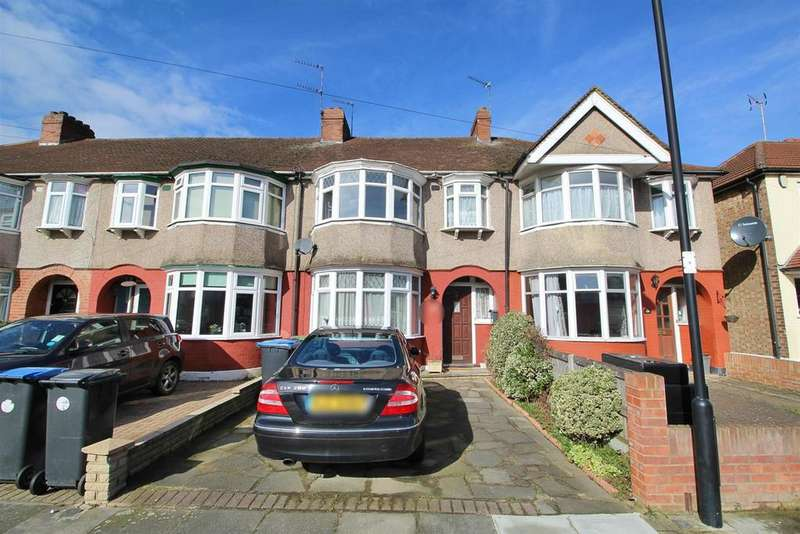 3 Bedrooms Terraced House for sale in Chatsworth Drive, Enfield
