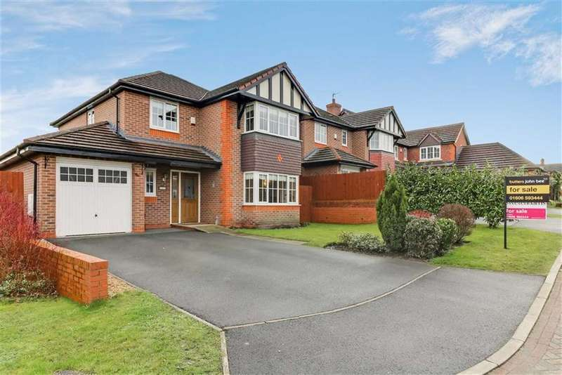 4 Bedrooms Detached House for sale in Mere Court, Winsford, Cheshire