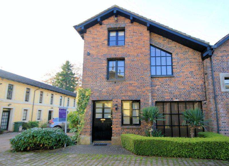3 Bedrooms House for sale in Trentham Court, Park Drive, Trentham