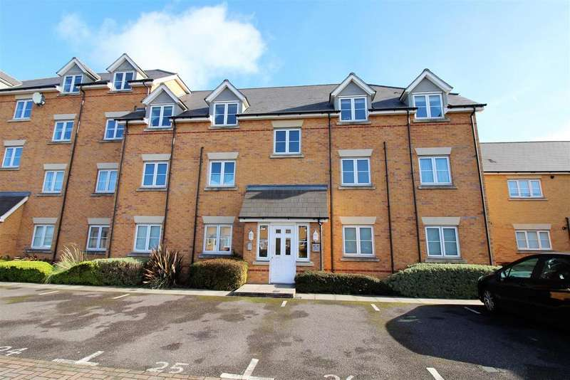 2 Bedrooms Apartment Flat for sale in Brandon Close, Chafford Hundred, Grays