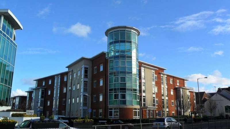 2 Bedrooms Apartment Flat for rent in Kerr Place , Old Brewery Close