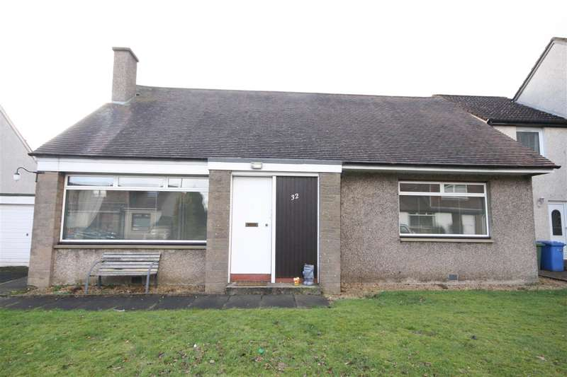 3 Bedrooms Bungalow for rent in Broomage Park, Larbert