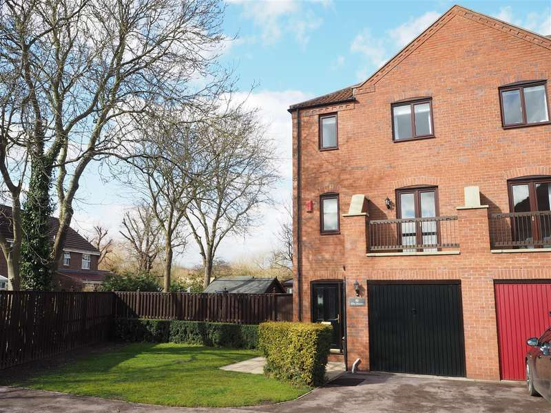 4 Bedrooms Property for sale in The Osiers, Farndon Road, Newark