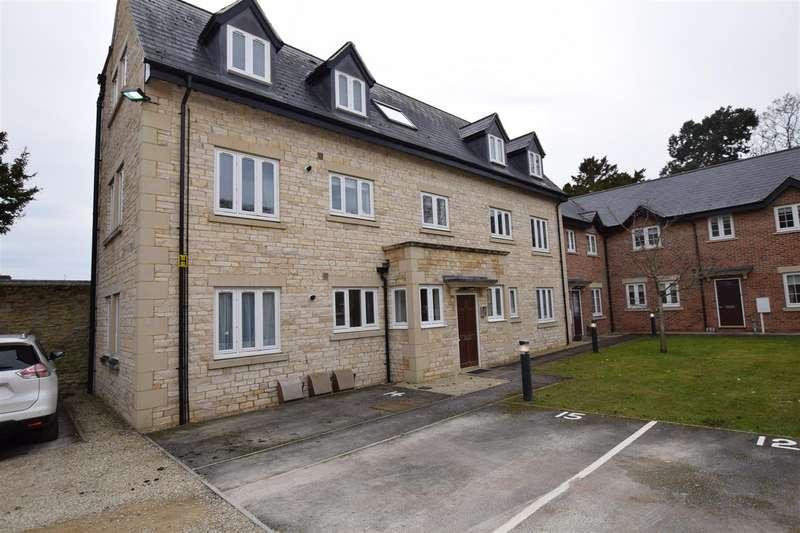 2 Bedrooms Flat for sale in High Street, Brackley