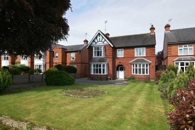 4 Bedrooms Detached House for sale in London Road,