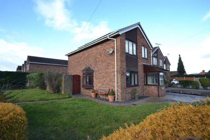 3 Bedrooms Detached House for sale in Broadmere, Dursley, GL11 6PW