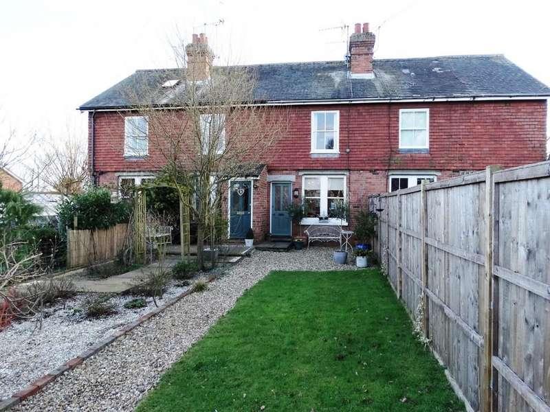 2 Bedrooms Terraced House for sale in Staplehurst, Kent