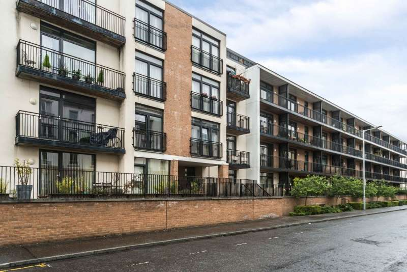 1 Bedroom Flat for sale in Hopetoun Street, Bellevue, Edinburgh, EH7 4GH
