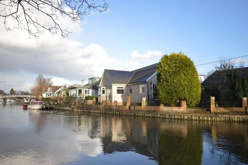 4 Bedrooms Detached House for sale in Sunbury Court Island, Sunbury-on-Thames