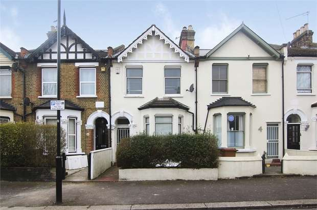 5 Bedrooms Terraced House for sale in Shaftesbury Road, Walthamstow, London