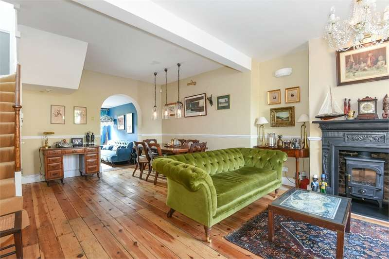 3 Bedrooms Terraced House for sale in Pages Walk, London, SE1