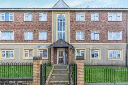3 Bedrooms Flat for sale in Westcroft Grove, Birmingham, West Midlands