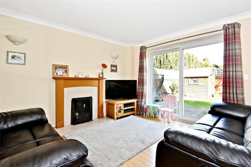 3 Bedrooms Detached House for sale in Stroud Farm Road, Holyport, Maidenhead, Berkshire, SL6