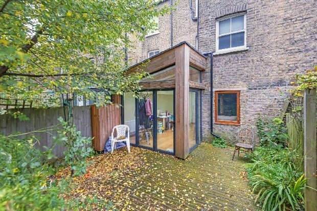 3 Bedrooms Flat for sale in Tufnell Park Road, Tufnell Park, N19