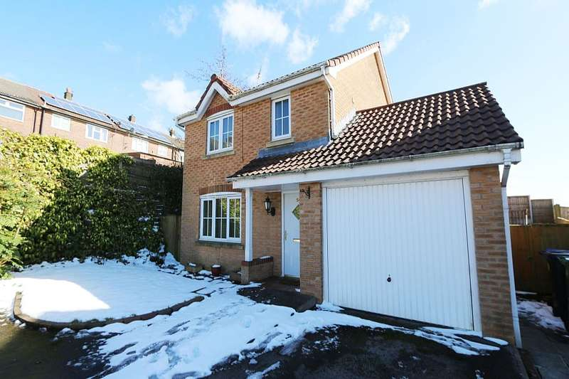 3 Bedrooms Detached House for sale in 54, Cravenwood, Ashton-under-Lyne, Greater Manchester, OL6 8AX